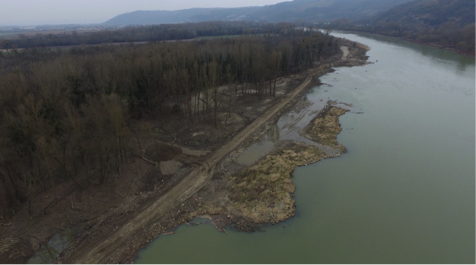 Après travaux Vue aérienne du site vers l'aval après suppression des casiers © Réserve naturelle des Ramières (par drone)